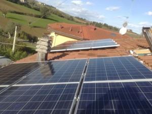 Pannelli solari su tetto a San Giovanni in Marignano Rimini